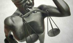 Není advokát, jako advokát